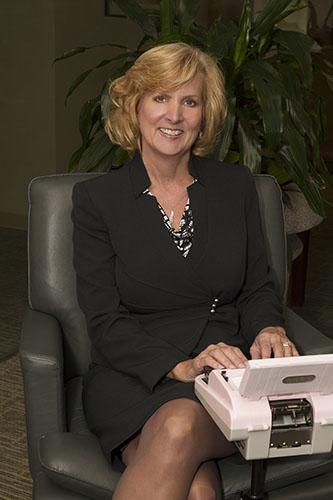 Robin Delloro court reporter